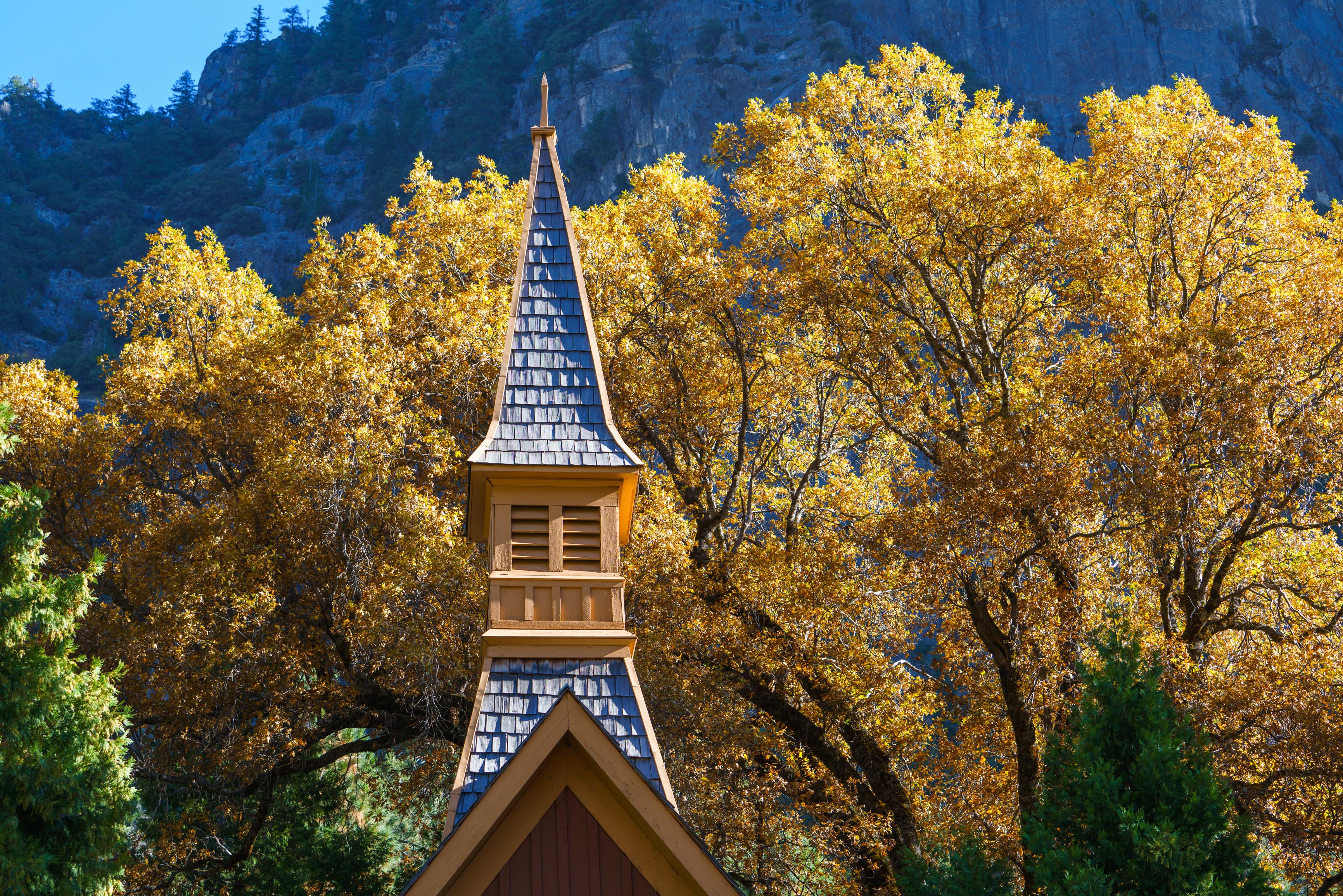 Yosemite National Park, fall, Yosemite Chapel, church, black oak