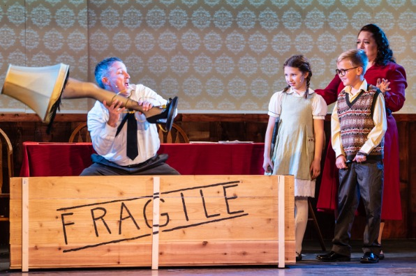 """""""A Christmas Story"""" at the Golden Chain Theatre"""