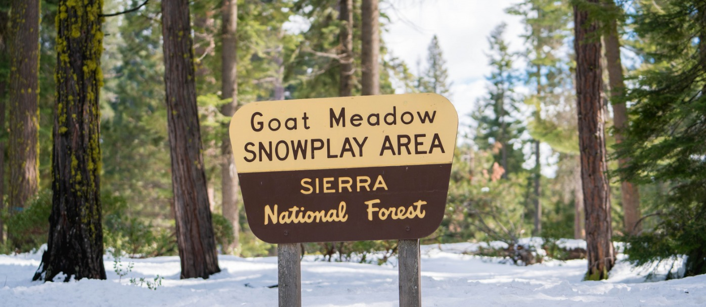 Goat Meadow Snowplay Area Sign - Sierra National Forest